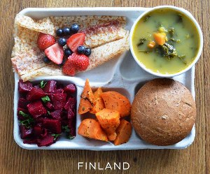 school-lunches.jpg