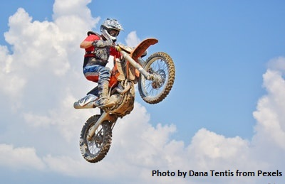 man-on-a-motocross-dirt-bike-356289.jpg